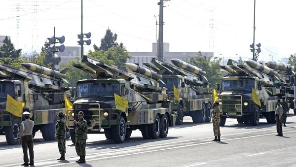 Missiles are on display during a parade marking National Army Day at the mausoleum of the late revolutionary founder Ayatollah Khomeini, just outside Tehran, Iran, Wednesday, April 18, 2018. - Sputnik International