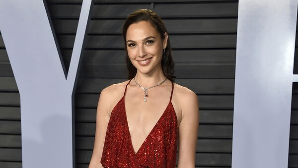 Gal Gadot arrives at the Vanity Fair Oscar Party on Sunday, 4 March 2018, in Beverly Hills, California. - Sputnik International