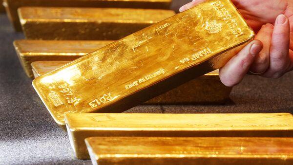 Various gold bars are on display at the Bundesbank headquarter in Frankfurt, Germany (File) - Sputnik International