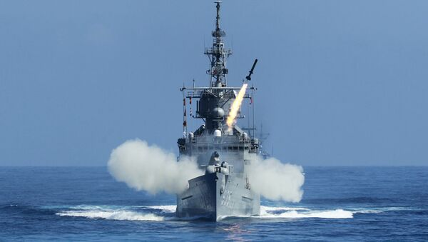 Taiwan Navy's Perry-class frigate launches an ASROC (anti-submarine rocket) during the annual Han Kuang military exercises. - Sputnik International