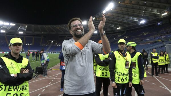 Liverpool coach Jurgen Klopp celebrates with the supporters at the end of the Champions League semifinal second leg soccer match between Roma and Liverpool at the Olympic Stadium in Rome, Wednesday, May 2, 2018 - Sputnik International