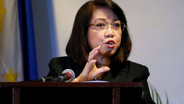 Embattled Philippine Supreme Court Chief Justice Maria Lourdes Sereno addresses students of St. Scholastica's College, a Roman Catholic school, during a forum on International Women's Day in Manila, Philippines. Wednesday, March 7, 2018. Sereno, who filed an indefinite leave starting March 1 to prepare for her impending impeachment trial, called on Filipinos Wednesday to stand up against authoritarianism and threats to human rights in an indirect criticism of the country's volatile leader, who has long called for her removal. - Sputnik International