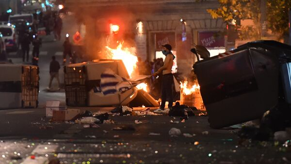 Olympique de Marseille's fans riot in the Vieux Port in Marseille on May 16, 2018, fter the 2018 UEFA Europa Cup Final football match between Olympique de Marseille and Atletico Madrid - Sputnik International