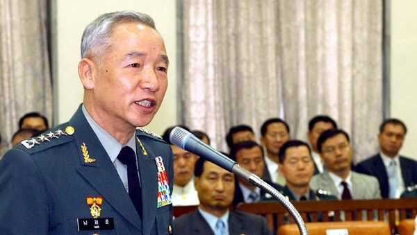 (File) This picture taken 07 July 2004 shows South Korea's army chief general Nam Jae-Joon (L) speaking during a national assembly committee in Seou - Sputnik International