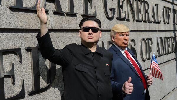 Los dobles de Kim Jong-un y Donald Trump - Sputnik International