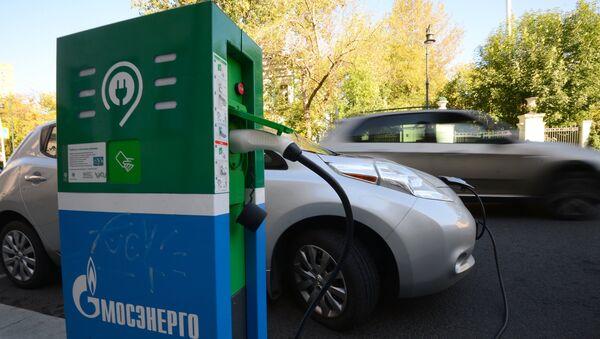 Electric car charging station - Sputnik International