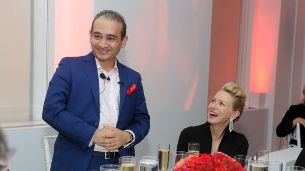 (File) Actress Naomi Watts and luxury jeweler Nirav Modi, left, attend a dinner to celebrate the opening of the first Nirav Modi boutique in the U.S. on Tuesday, Sept. 8, 2015, in New York - Sputnik International