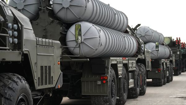 An S-400 anti-aircraft missile system during the preparation of military equipment for the military parade marking the 73rd anniversary of the victory in the Great Patriotic War, in Kaliningrad - Sputnik International