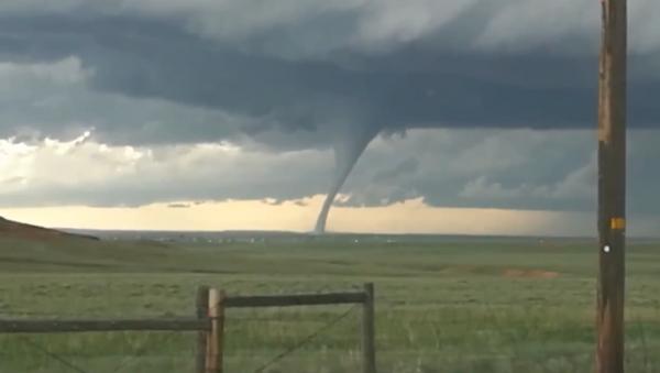 Local Captures Tornado Touching Down in Laramie, Wyoming - Sputnik International