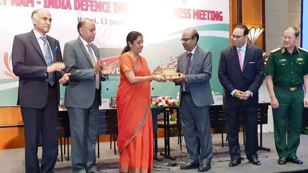 The Hon'ble Defence Minister, Smt Nirmala Sitharaman, inaugurating the first Representative Office of BEL in Vietnam by handing over the symbolic key to Mr Gowtama M V, CMD, BEL, during the Vietnam-India Defence Industry Business Meeting held at Hotel Melia, Hanoi - Sputnik International