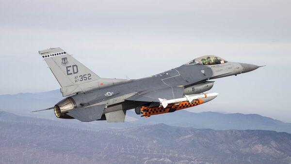 F-16 with JSM - Sputnik International