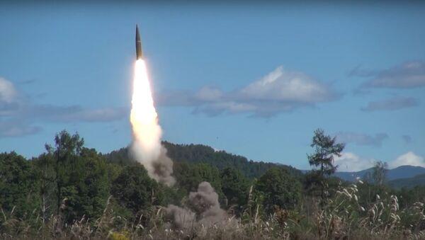 Iskander ballistic missile launch - Sputnik International