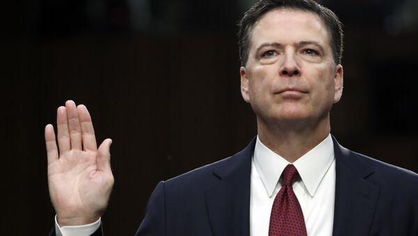 Former FBI director James Comey is sworn in during a Senate Intelligence Committee hearing on Capitol Hill, Thursday, June 8, 2017, in Washington.  - Sputnik International