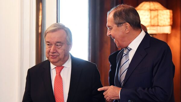 UN Secretary-General Antonio Guterres and Russian Foreign Minister Sergei Lavrov, right, meet at the Russian Foreign Ministry Reception House - Sputnik International