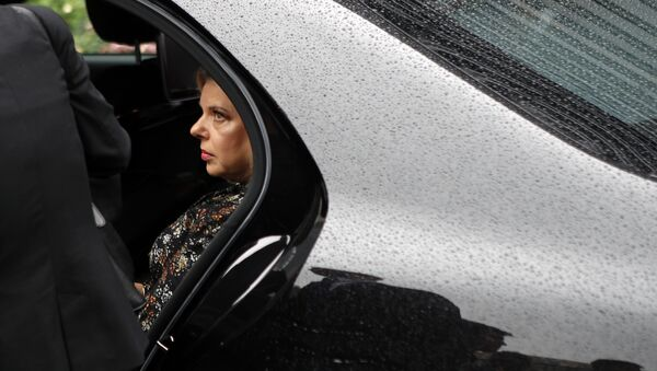 Israel's Prime Minister's wife Sara Netanyahu enters the car with Israel's Prime Minister Benjamin Netanyahu after the meeting with French Finance Minister Bruno Le Maire at Bercy Economy Ministry, in Paris, Wednesday, June 6, 2018 - Sputnik International