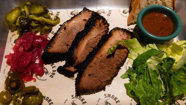 Smoke BBQ's special Texas brisket - Sputnik International