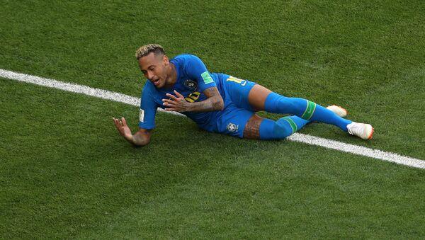Soccer Football - World Cup - Group E - Brazil vs Costa Rica - Saint Petersburg Stadium, Saint Petersburg, Russia - June 22, 2018 Brazil's Neymar reacts - Sputnik International