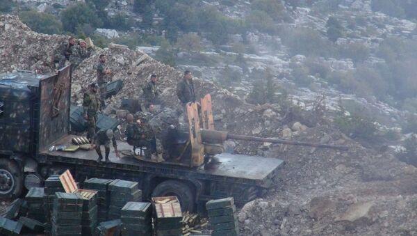 THE SYRIAN ARMY HAS CONDUCTED NIGHT FIRING OF TERRORISTS IN LATAKIA - Sputnik International