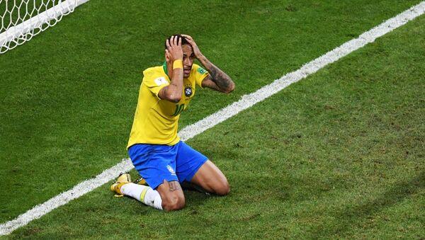 Neymar during World Cup's quarterfinals match between Brazil and Belgium in Kazan - Sputnik International