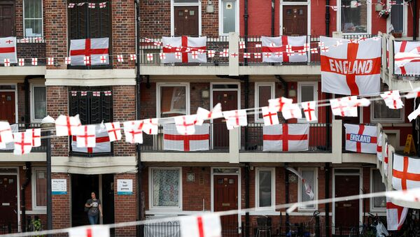 The Kirby Estate in Bermondsey can be seen festooned with St George's Cross England flags in south east London, Britain, June 17, 2018 - Sputnik International