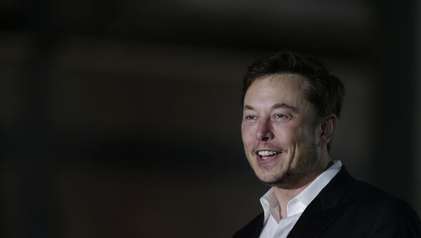 Tesla CEO and founder of the Boring Company Elon Musk speaks at a news conference, Thursday, June 14, 2018, in Chicago. The Boring Company has been selected to build a high-speed underground transportation system that it says will whisk passengers from downtown Chicago to O'Hare International Airport in mere minutes - Sputnik International