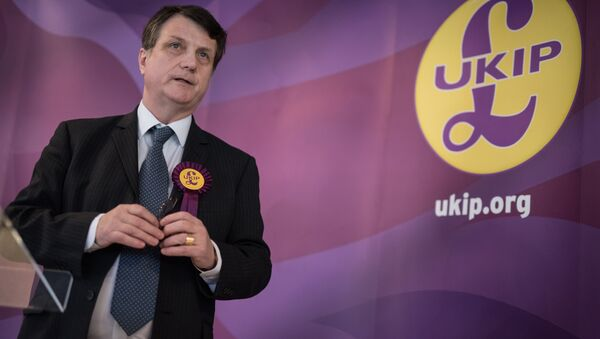 UKIP (UK Independence Party) Brexit spokesman and Member of the European Parliament for London (MEP), Gerard Batten, addresses members of the media at the party's by-election campaign headquarters in Stoke-on-Trent - Sputnik International