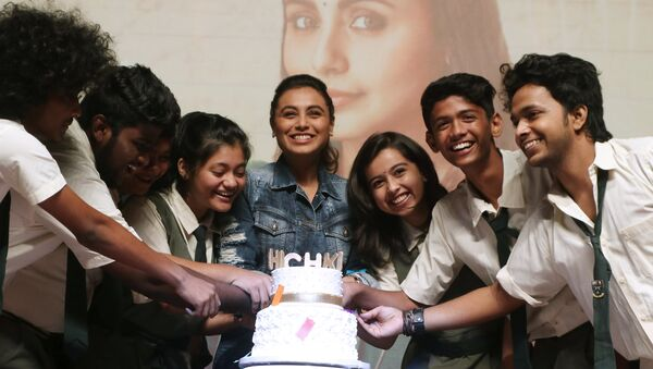 Indian Bollywood actress Rani Mukherji (C) takes part during a promotional event for the Hindi film 'Hichki' in Mumbai on March 29, 2018 - Sputnik International