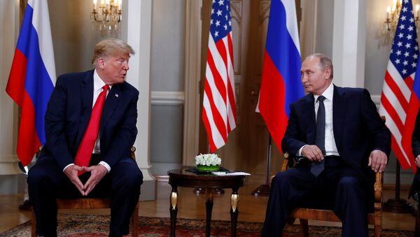 Donald Trump et Vladimir Poutine à Helsinki - Sputnik International