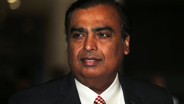 Mukesh Ambani, Chairman and Managing Director of Reliance Industries, arrives to address the company's annual general meeting in Mumbai, India July 5, 2018 - Sputnik International