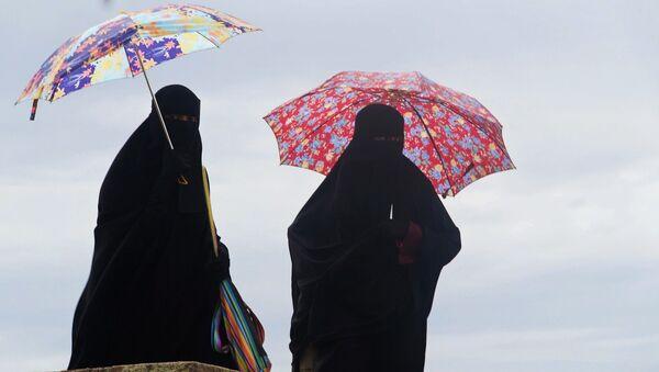 Women wearing burqas - Sputnik International