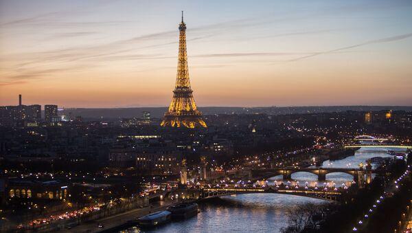 Eiffel Tower in Paris, France. - Sputnik International