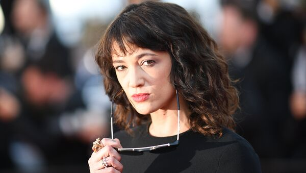 (FILES) In this file photo taken on May 19, 2018 Italian actress Asia Argento poses as she arrives for the closing ceremony and the screening of the film The Man Who Killed Don Quixote at the 71st edition of the Cannes Film Festival in Cannes, southern France - Sputnik International