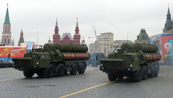 Transporters-launchers for S-400 Triumf missile systems at the final rehearsal of the military parade to mark the 73rd anniversary of Victory in the Great Patriotic War - Sputnik International