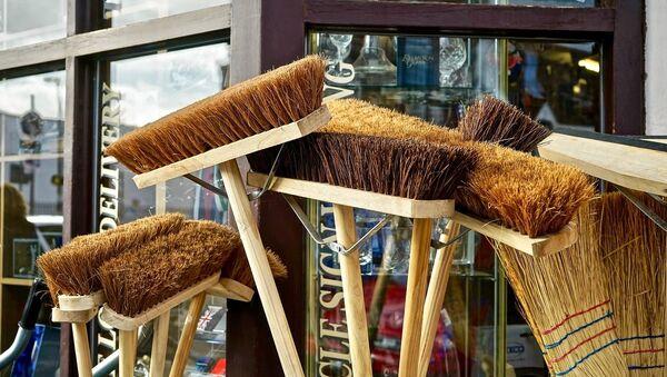 Broomsticks - Sputnik International