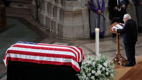 Former Secretary of State Henry Kissinger speaks at the memorial service of U.S. Senator John McCain (R-AZ) at National Cathedral in Washington, U.S., September 1, 2018. - Sputnik International