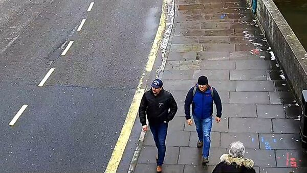 Alexander Petrov and Ruslan Boshirov are seen on CCTV on Fisherton Road in Salisbury on March 4, 2018 - Sputnik International