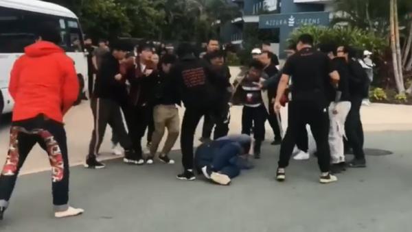 Film crew with popular Chinese boy band, Nine Percent, get into brawl with fans in Australia - Sputnik International