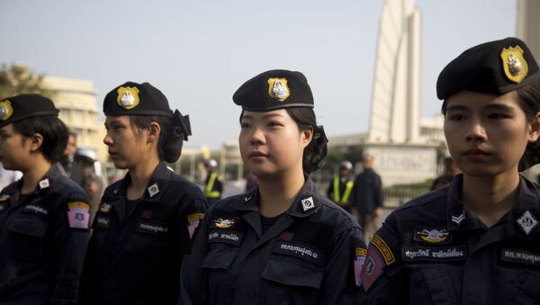 Thailand police women provide security during a protest near the democracy monument in Bangkok, Thailand on Saturday, Feb. 10, 2018 - Sputnik International