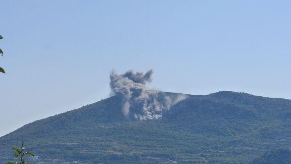 Syrian Army deploys heavy artillery in Latakia. - Sputnik International