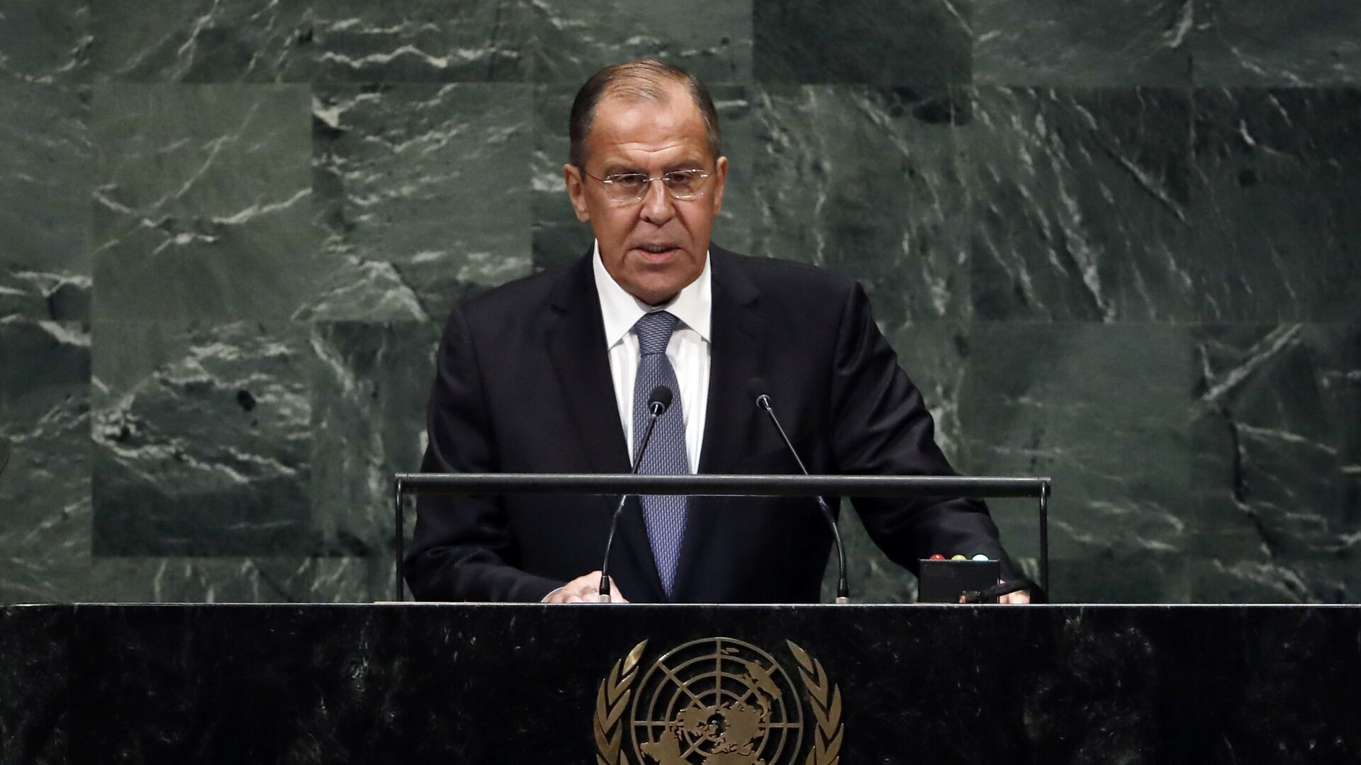 Russia's Foreign Minister Sergey Lavrov addresses the 73rd session of the United Nations General Assembly, at U.N. headquarters, Friday, Sept. 28, 2018 - Sputnik International, 1920, 25.09.2021