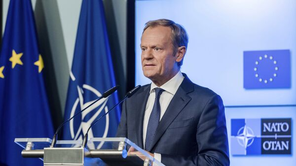 European Council President Donald Tusk addresses the media after the signature of the second EU NATO Joint Declaration, in Brussels on Tuesday, July 10, 2018 - Sputnik International