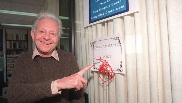 Nobel prize-winning physicist Leon Max Lederman in 1988 - Sputnik International