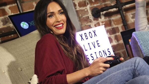 Megan Fox at the Dave Bautista and Megan Fox Xbox Live Session at the Microsoft Lounge on Friday, Nov. 3, 2017 in Venice, Calif. (Casey Rodgers/AP Images for Xbox) - Sputnik International