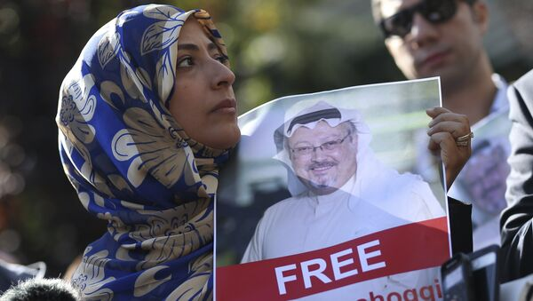 FILE - In this Friday, Oct. 5, 2018 file photo, Tawakkol Karman, the Nobel Peace Prize laureate for 2011 holds a picture of missing Saudi writer Jamal Khashoggi as she speaks to journalists near the Saudi Arabia consulate, in Istanbul, Turkey. - Sputnik International