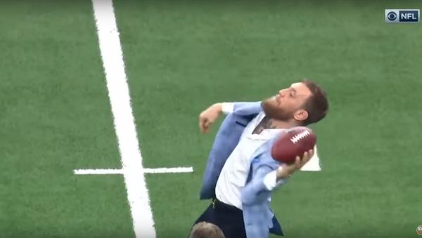 Conor McGregor at NFL game. - Sputnik International