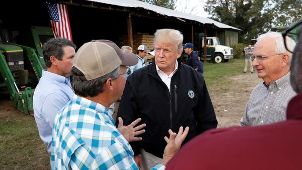 Trump meets with farmers affected by Hurricane Michael in Macon - Sputnik International