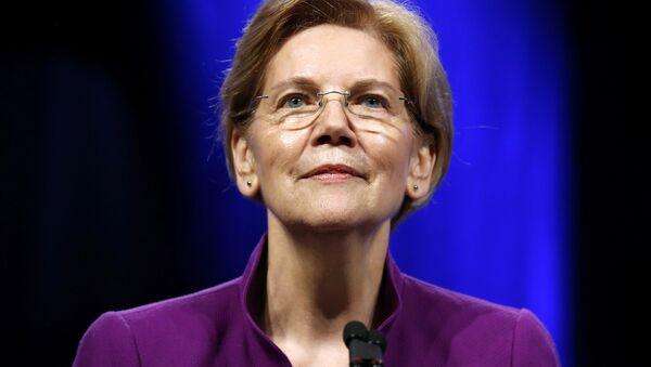 U.S. Senator Elizabeth Warren (D-MA) speaks at the Netroots Nation annual conference for political progressives in New Orleans - Sputnik International