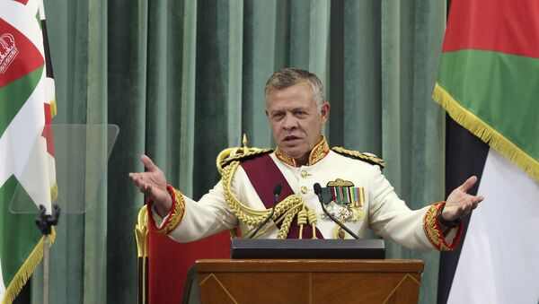 Jordan's King Abdullah II delivers a speech to the parliament, as he opens the third regular session session in the capital Amman on October 14, 2018. - Sputnik International