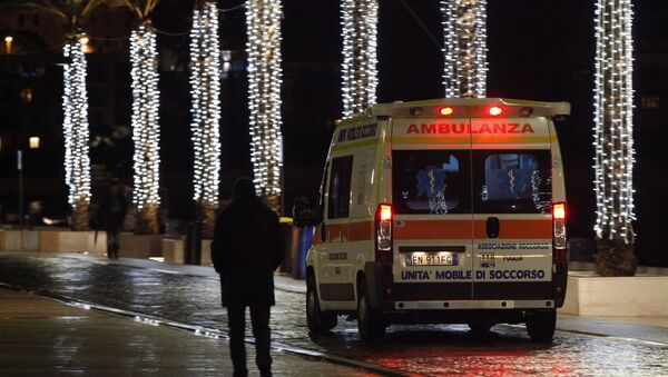 An ambulance arrives with injured at the Antonio Perrino hospital in Brindisi, southern Italy - Sputnik International