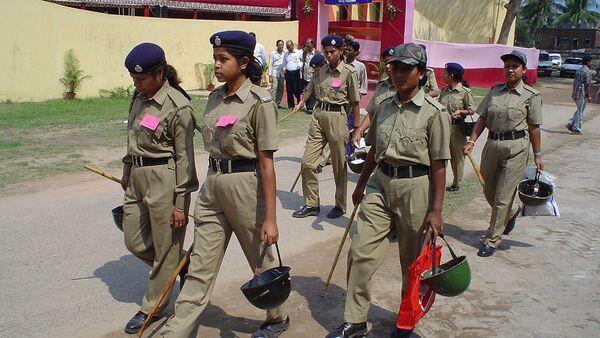 Women police are on duty at Jadavpur, Kolkata, West Bengal - Sputnik International